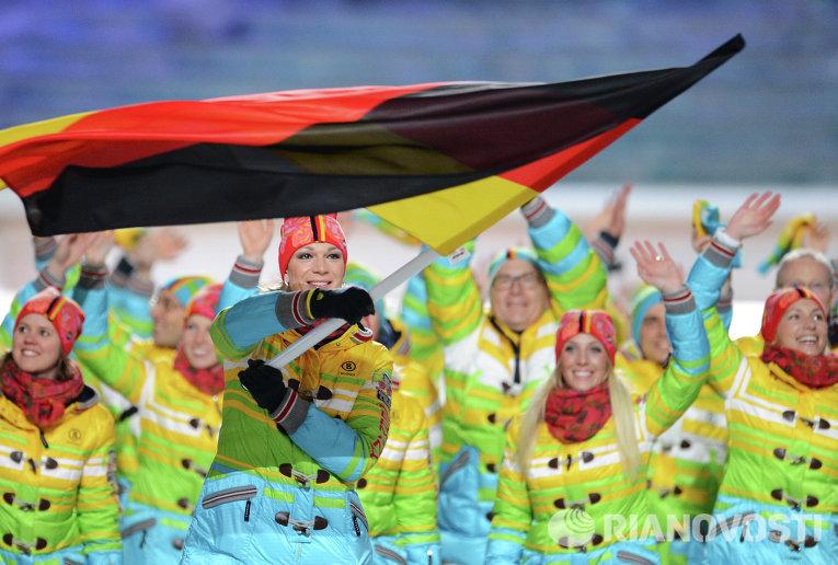Сборную Германии возглавляла горнолыжница Мария Хефль-Риш,  двукратная чемпионка зимних Олимпийских Игр в Ванкувере.