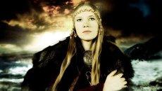 Солистка металл-группы Аркона Маша Scream Архипова
