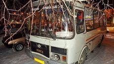 Пьяный водитель ВАЗа врезался в Томске в маршрутку с неисправными тормозами, событийное фото