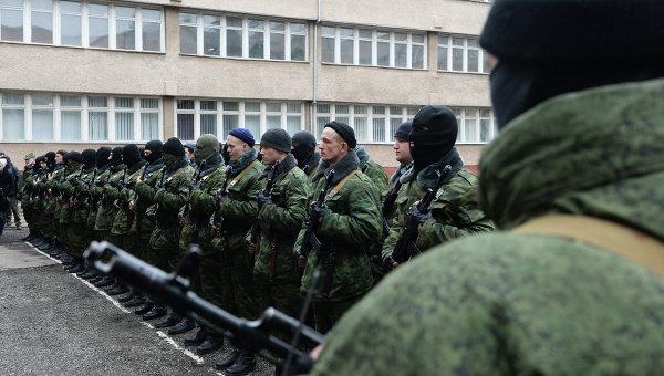 Присяга добровольцев на верность народу Крыма в Симферополе. Архивное фото