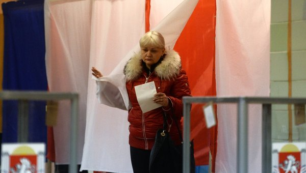 Референдум о статусе Крыма в Симферополе. Фото с места события