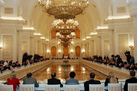 Заседание Общественной палаты РФ в Кремле. Архив