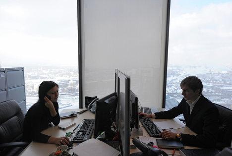 Работа офисов в башне Федерация
