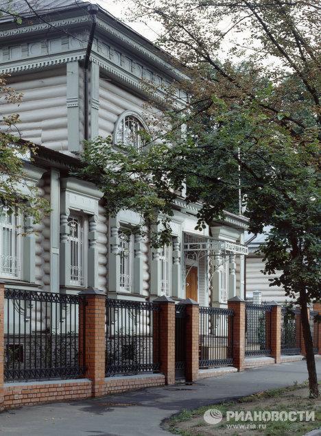 Деревянный дом Ю.Д. Москатиньева в Чернышевском переулке