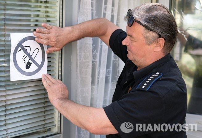 В России вступил в силу второй этап антитабачного закона