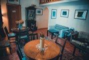 Кадиллак, вертолет и секонд-хенд: 5 интересных интерьеров ресторанов Москвы