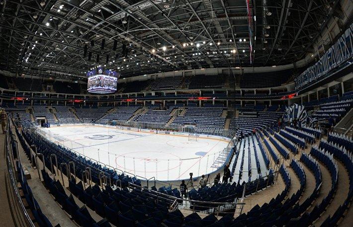 Для удобства спортсменов на главной арене предусмотрено размещение девяти раздевалок, одна из которых включает обширную реабилитационную зону.