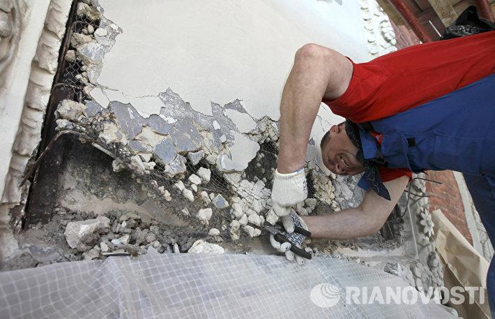 Реставрация надвратных икон Спасской и Никольской башен Кремля