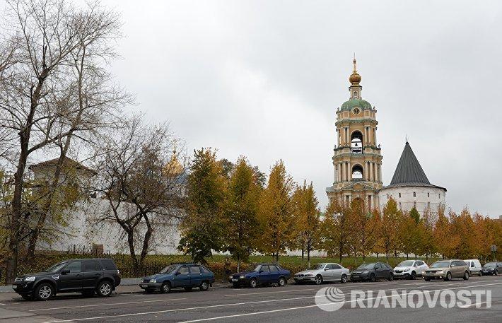 Производство старинных тканей на территории Новоспасского мужского монастыря