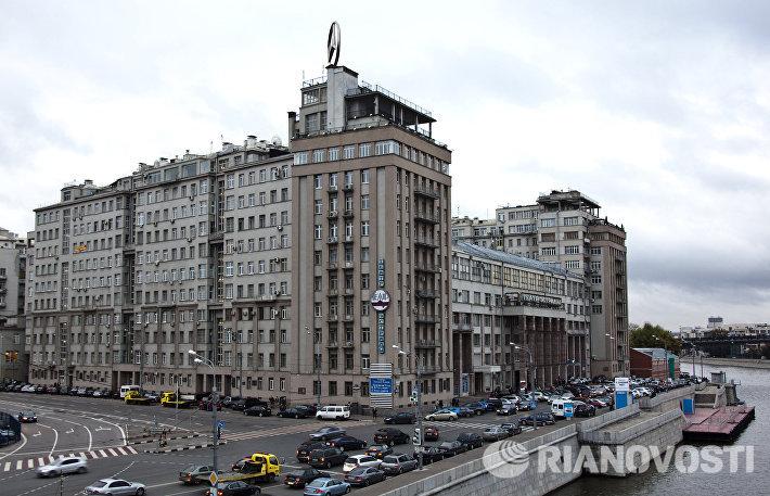 Дом на набережной (Дом правительства) в Москве