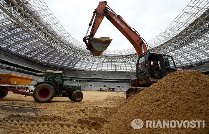 Реконструкция большой спортивной арены Лужники в Москве