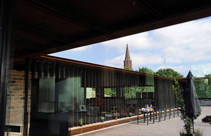 Центр искусств и дизайна La Cuisine (внутренний двор) в Испании